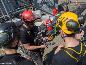 Erklärung / Vorstellung neuen Materials und Einführung in neue Rettungstechniken